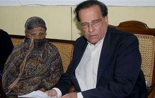 Salman Taseer with Asia Bibi