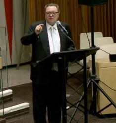 Adrian Hawkes speaks at the UN