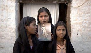 daughters of Asia Bibi use
