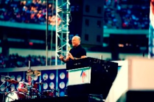 greg laurie preaching use