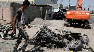 Baghdad debris Dan Wooding
