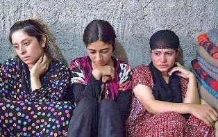Yazidi girls use