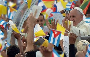 Cubans welcome the Pope