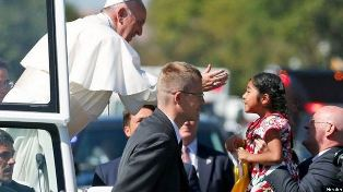 Pope reaches out to girl
