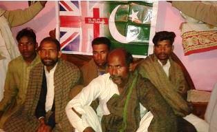 Beaten Pakistani kiln workers
