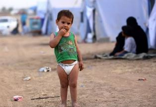 Child in refugee camp WWM