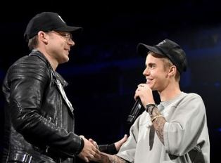 Justin Bieber with his pastor