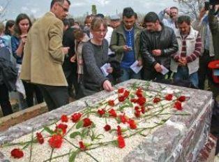 Wife of Turkey martyr