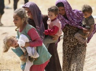 Family escaping from Isis