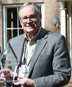 Perry Atkinson with award at NRB 2016