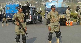 RiotpoliceinPakistan