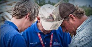 Billy Graham Rapid Response team praying