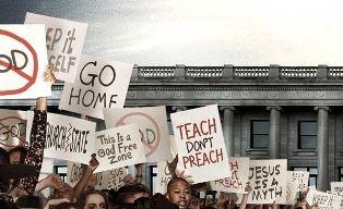 Scene of protestors in Gods Not Dead 2