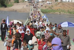 Yazidis fleeing from ISIS