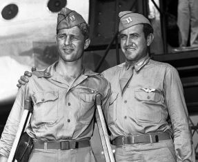 Zamperini with friend on his return to the US