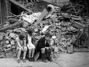 Children in UK after German bombing raid use