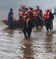 Coast Guard team rescues West Virginia flood victims
