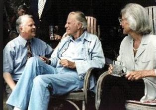 Dan Wooding with Billy and Ruth Graham use