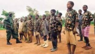 Boy soldiers rescued by Chad