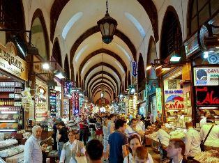 Shopping bazaar in Istanbul use