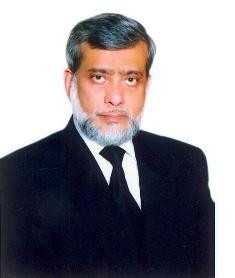 Pakistan judge resigns use