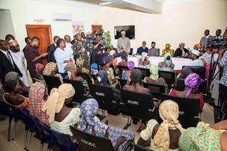 mi Chibok girls met VP 10152016