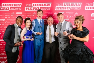 Andy Hawthorne receives The Urban Hero Award