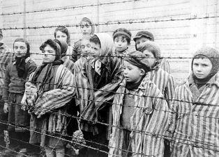 Children at Aushwitz