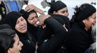Relatives mourn bombing in Cairo