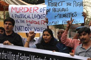 Christian protestors against Bhatti killing