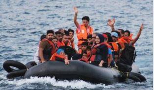 Refugees arriving at Lesbos