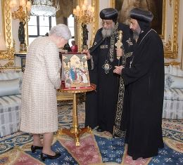 Queen with Orthodox Pope use