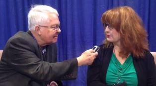 Dan Wooding interviews Isik Abla at NRB