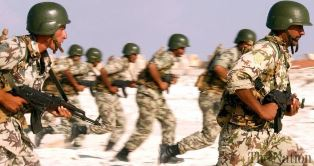 Egyptian soldiers in action