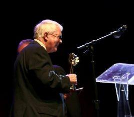 Dan Wooding speaks after receiving award