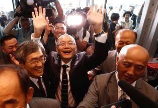 Lim arrives at his church