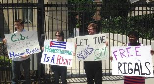 Protest for Cuban pastor