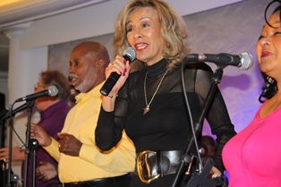 Marilyn McCoo with Soldiers for the Second Coming