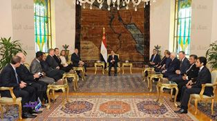 Egypt president meets evangelical leaders smaller
