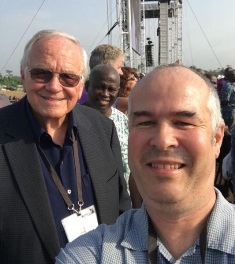 Loren Cunningham with Peter Wooding in Lagos smaller