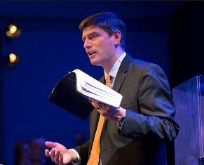 Will Graham preaching smaller