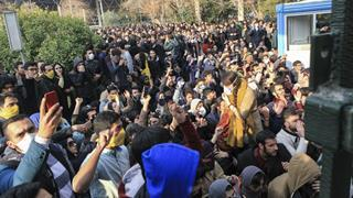 mi Iranian protestors wielding cellphones even as Internet speed has been slowed by authorities.01 06 2018