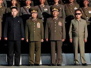 mi Kim Jong Un far left and his father Kim Jong Il far right.02.03.2018