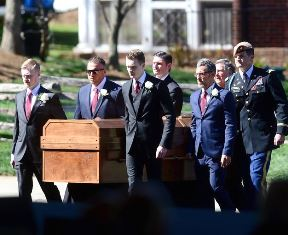 Pallbearers at Billy Graham funeral use smaller