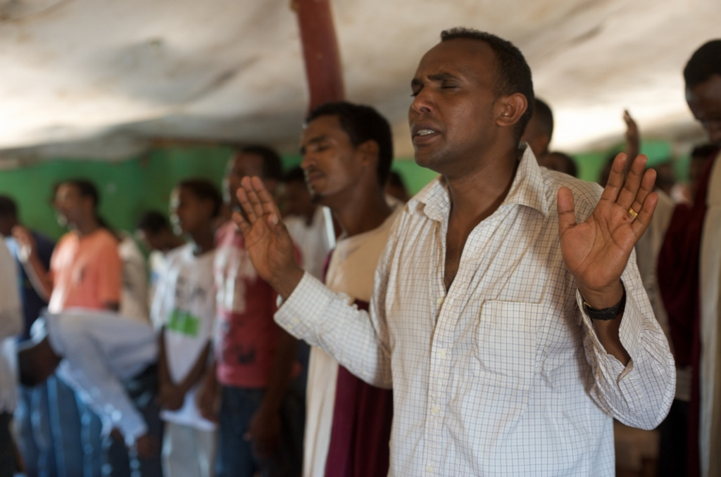 Eritrea Frees 21 Christian Prisoners But Attacks Churches in Tigray, Killing 700