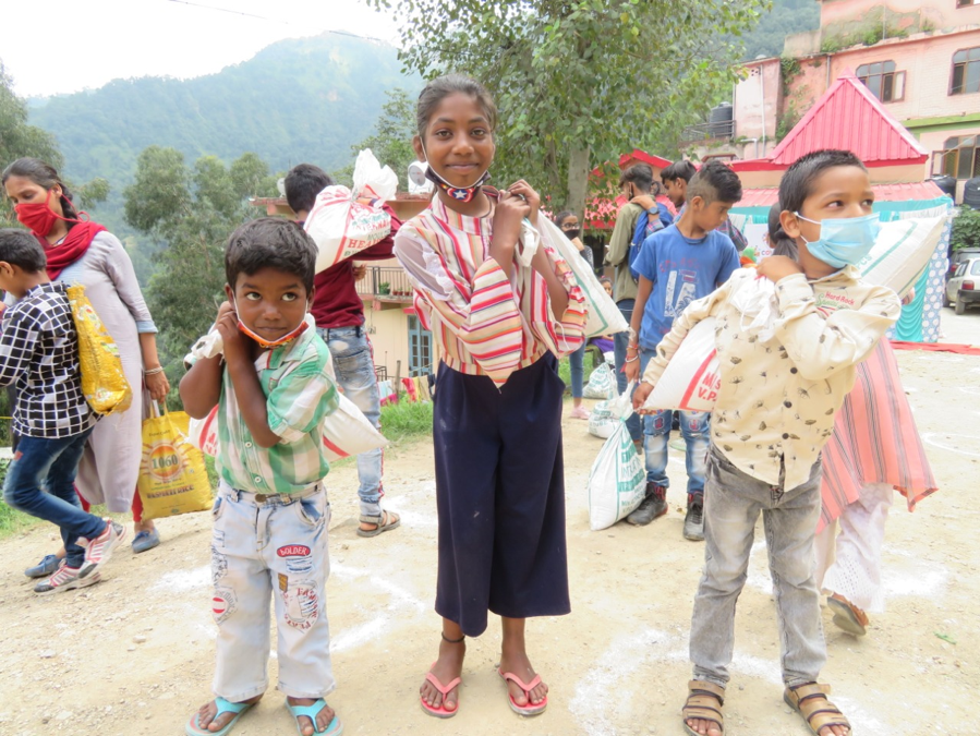 Gospel for Asia Distributes Food Kits to 70,000 Desperate Families on the Edge of Starvation Due to Coronavirus Plague