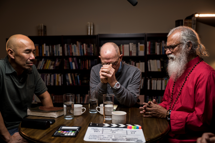 WATCH: Francis Chan, K.P. Yohannan, and Hank Hanegraaff Call for End to Division in the Church in New Roundtable Video