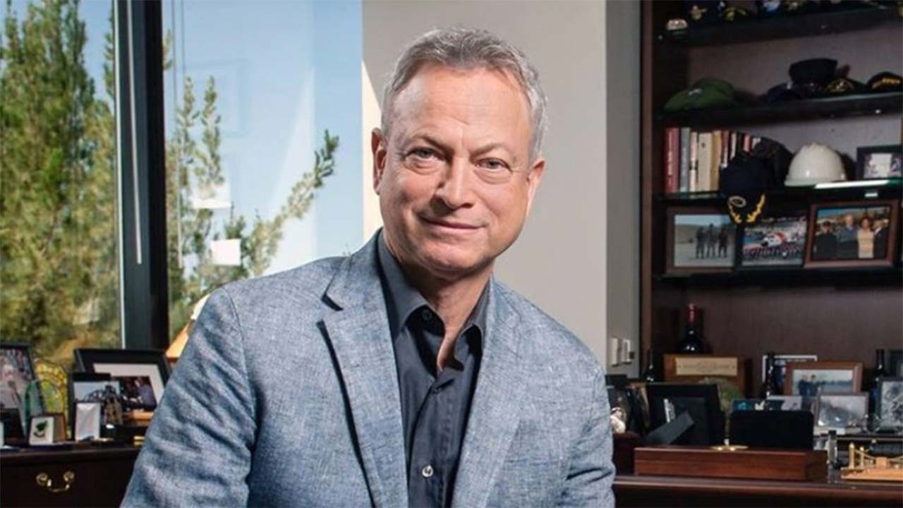 Actor Gary Sinise Uses his Role in FORREST GUMP to Show Appreciation for the Men and Women who Serve and Protect Us